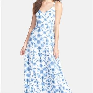 Petite BB Dakota Jazz Tie-Die Maxi Dress